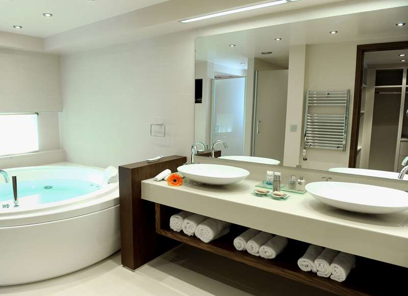 Creta Maris Pool Villa Bathroom